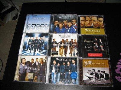 På bilden:  Skiva 1) Westlife    Skiva 2) Westlife - World of our own    Skiva 4) Weslife - Coast to coast    Skiva 5) Westlife - Unbreakable (vol 1) The greatest hits    Skiva 6) Westlife - The love album    Skiva 7) Westlife - Back Home    Skiva 8) Westlife - Turnaround    Skiva 9) Westlife - Allow us to be Frank    Utöver detta har jag DVD: Westlife the complete story som innehåller fyra DVD-skivor (Westlife story, Coast to coast, where dreams come true och unbreakable - the greatest hits).
