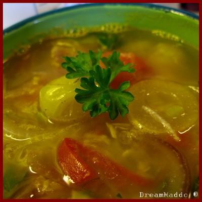 Detox - Soppa med lök, tomater och linser